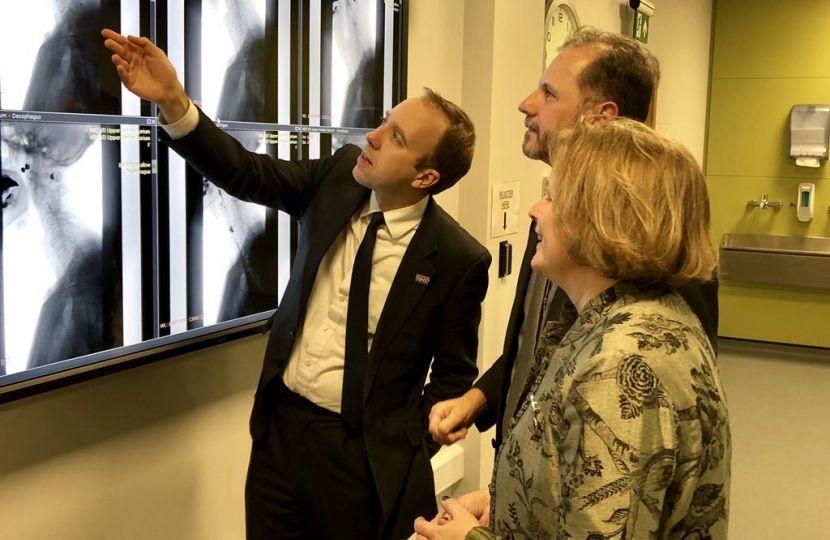 In the state of the art anatomy laboratory at @AngliaRuskin university's brand new medical school in Chelmsford with Health Secretary @MattHancock  - traditional dissection combined with interactive radiology imaging technology to enhance teaching for med students.